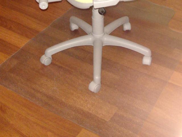 Protector de suelos especial parquet y suelos laminados - Protector de suelo para sillas ...